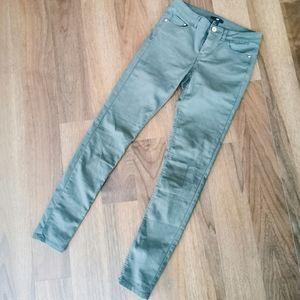 H&M army green pants size 6